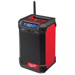 Laddare med radio Milwaukee M12 RCDAB-0; 12 V (utan batteri och laddare)